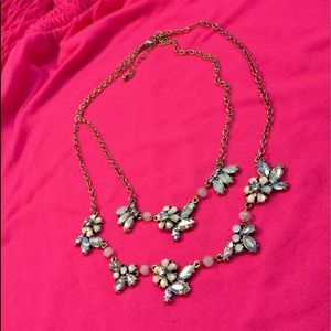 Jewelry - Necklace & earring set.